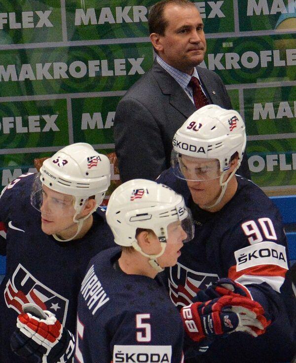 Главный тренер сборной США по хоккею Тодд Ричардс