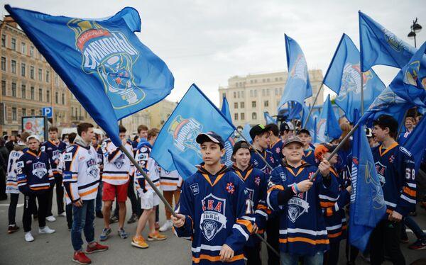 Юные хоккеисты школы СКА