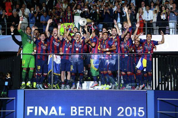 Игроки Барселоны после победы в финальном матче Лиги чемпионов