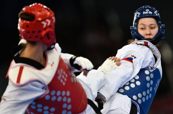 Слева направо: Марина Конева (Украина) и Ольга Иванова (Россия)