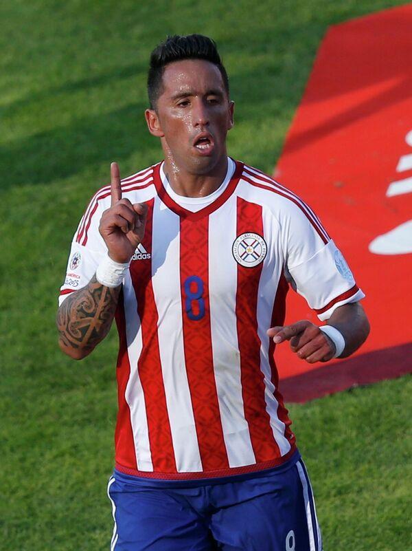 Форвард сборной Парагвая по футболу Лукас Барриос