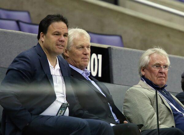 Джефф Гортон (слева)