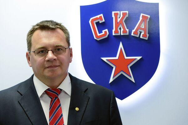 Главный тренер ХК СКА Андрей Назаров