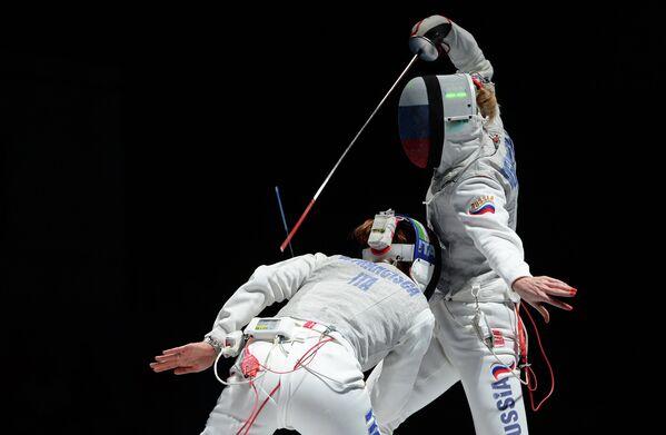 Слева направо: Арианна Эрриго (Италия) и Лариса Корбейникова (Россия)