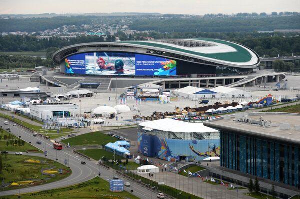 Вид на Казань-Арена перед началом чемпионата по водным видам спорта FINA 2015 в Казани