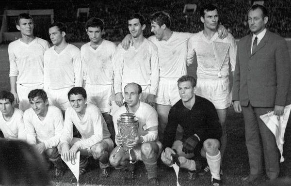 Игроки львовской команды Карпаты