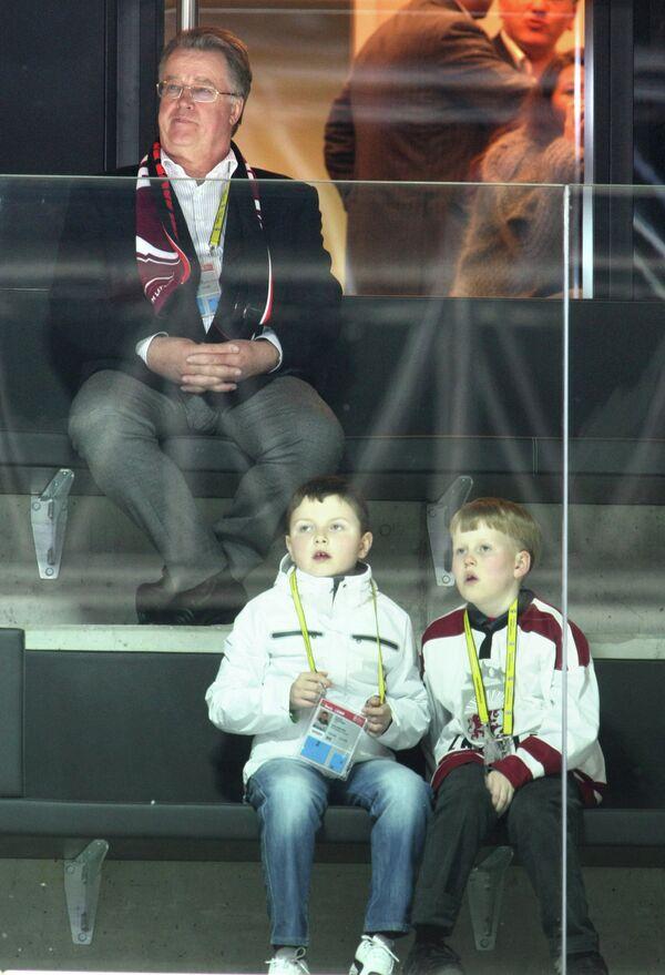 Бывший президент Латвии, член правления ЛХФ Гунтис Улманис