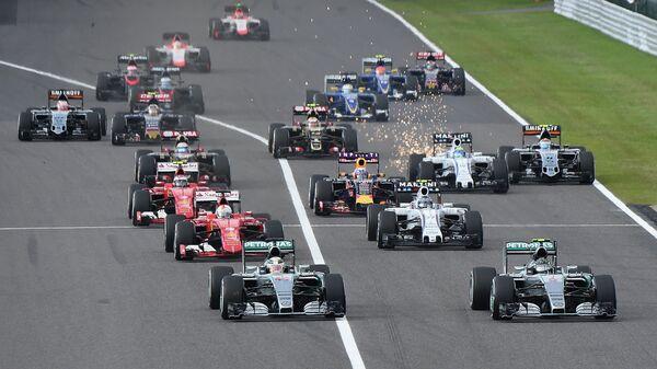 Старт гонки Формулы-1 Гран-при Японии