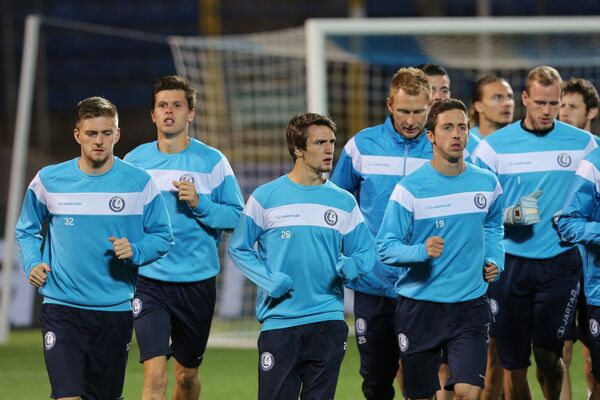 Футболисты Гента на тренировке