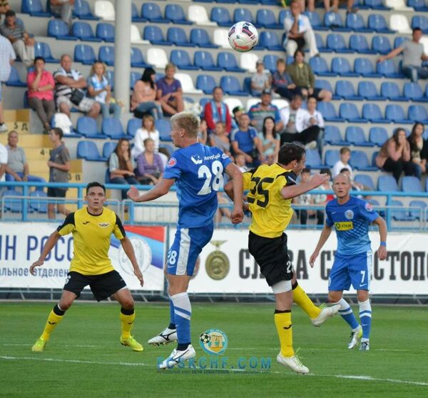 Игровой момент матча СКЧФ - Беркут