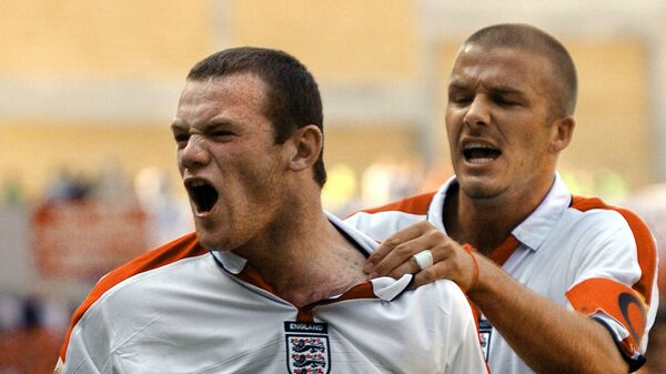 Уэйн Руни и Дэвид Бекхэм в составе сборной Англии на Евро-2004