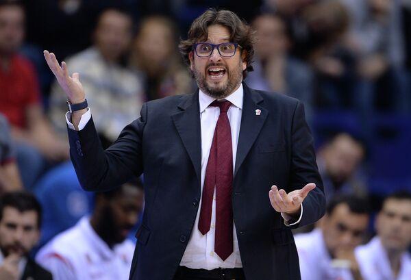 Главный тренер Брозе Баскетс Андреа Тринкьери
