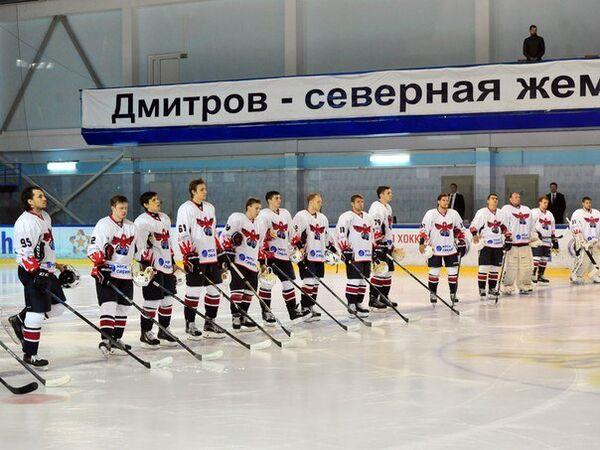 Хоккеисты Сокола