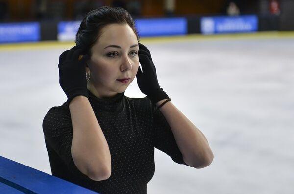 olimpiyskaya-figuristka-daet-v-zhopu-sudi-foto-seks