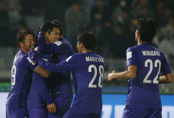 Футболисты  японского клуба Санфречче Хиросима