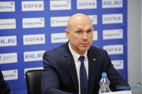 Главный тренер Северстали Дмитрий Юшкевич