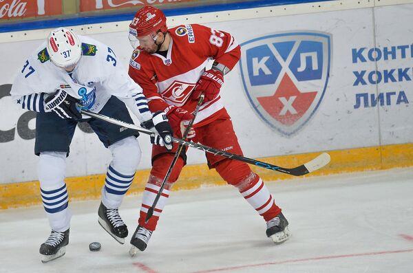 Оскарс Бартулис (слева) и Глеб Клименко