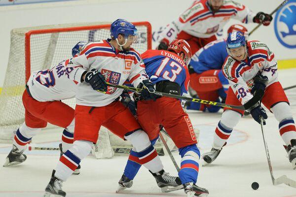 Игровой момент матча Евротура Россия - Чехия