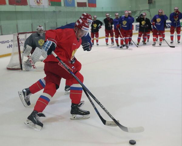 Форвард сборной России по хоккею Степан Санников