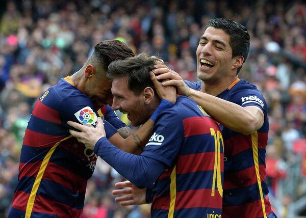 Футболисты Барселоны Неймар, Лионель Месси и Луис Суарес (слева направо)