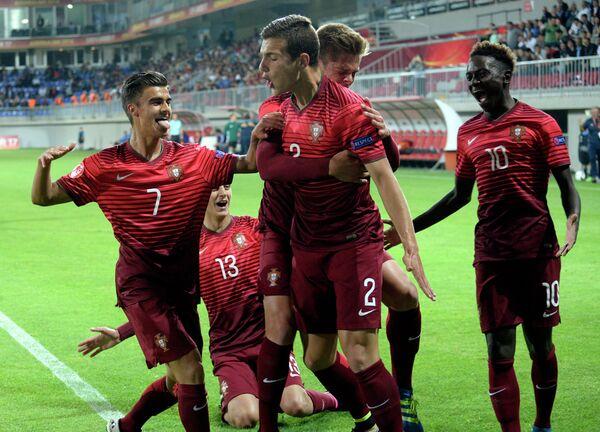 Футболисты юношеской сборной Португалии (игроки не старше 17 лет)