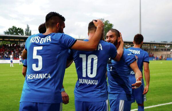 Футболисты сборной Косово