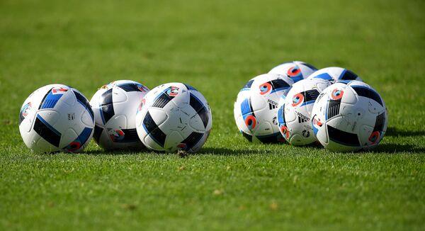 Футбольные мячи Евро-2016