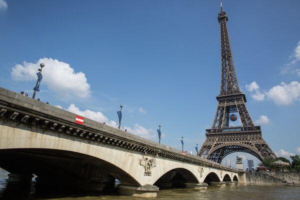 Подготовка к чемпионату Европы по футболу в Париже
