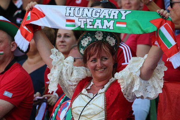 Венгерская болельщица