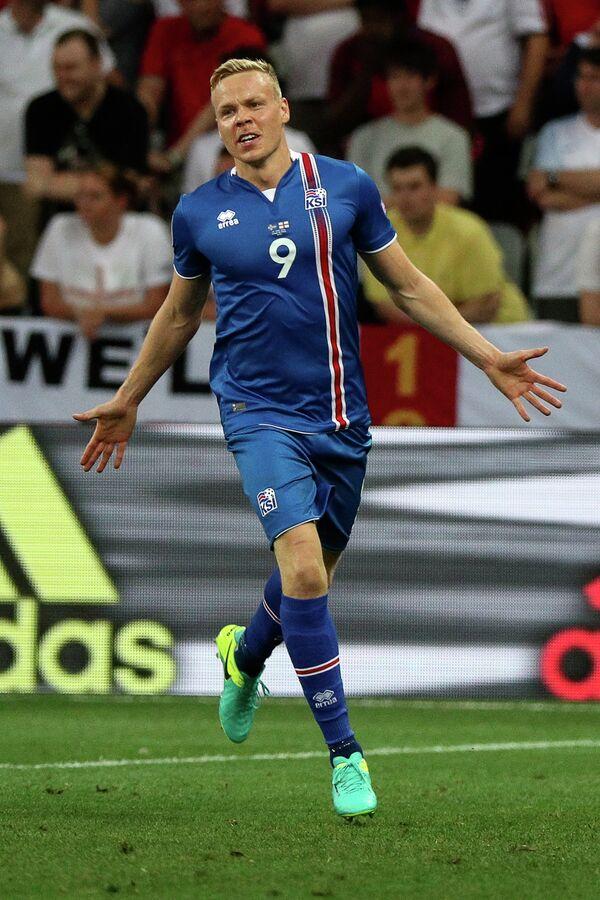 Нападающий сборной Исландии Колбейнн Сигторссон