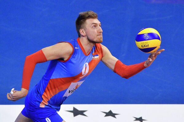 Связующий сборной Сербии Никола Йовович